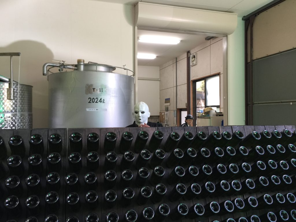 ペイザナ農業組合法人 中原ワイナリーのワイン瓶
