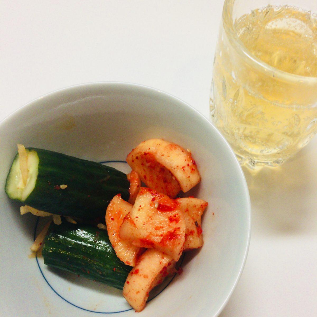 山崎蒸溜所貯蔵梅酒ソーダ割 / SUNTORYとローソンのオイキムチセット