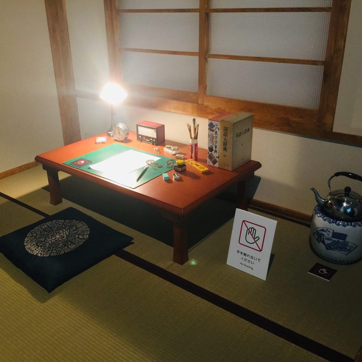 「藤子不二雄Ⓐ展」でのトキワ荘に住んでいた頃の部屋の再現