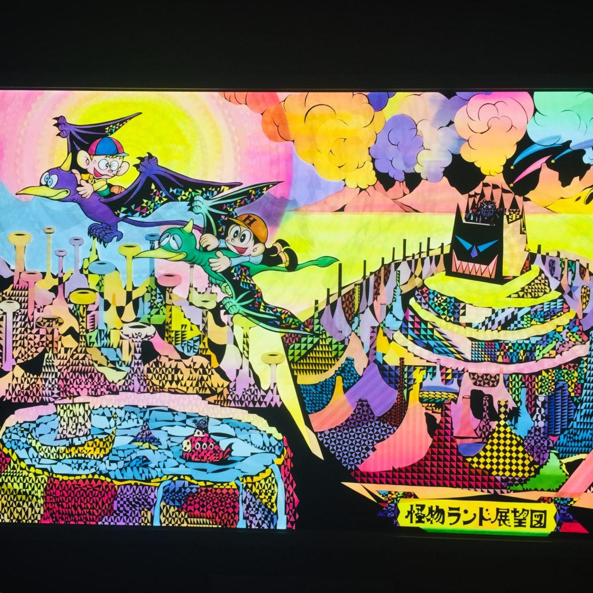 影絵アーティスト河野里美さんによるステンドグラスでできた怪物ランドへの招待状