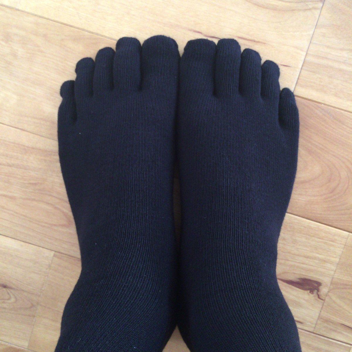 無印良品 MUJI「オーガニックコットン混足なる直角5本指靴下」をはいてみる