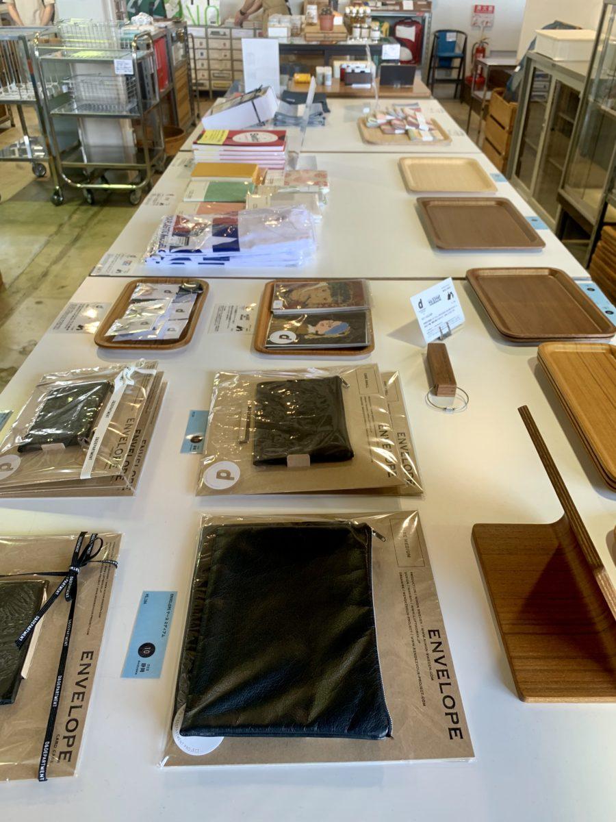 D&DEPARTMENT静岡店の静岡のロングライフデザインコーナー