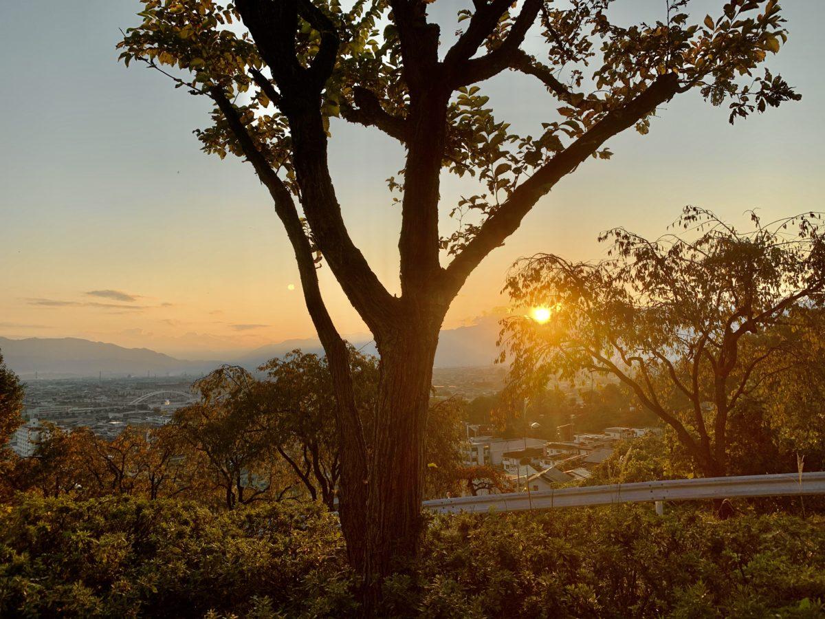 ワインツーリズムやまなし2019・秋「シャトー酒折ワイナリー」から見る夕焼け