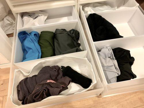 無印良品「衣装ケース」に配置した「ポリプロピレン整理ボックス・4」とD&DEPARTMENTの紳士用靴箱