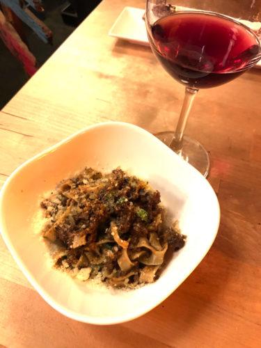 赤ワインと鹿肉のボロネーゼ