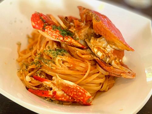 木ノ花美術館直営レストラン「オルソンさんのいちご」の蟹のクリームトマトパスタ