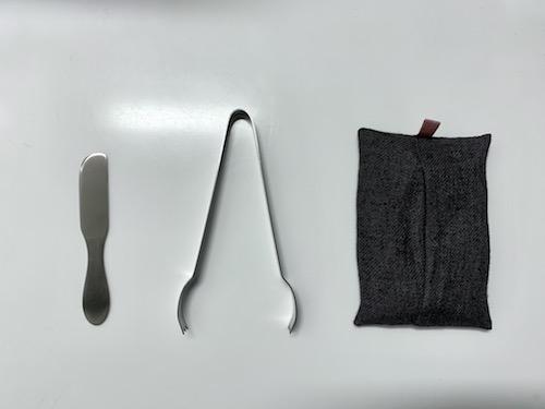 22 + nini plusで買ったもの バターナイフ、アイストング、携帯ティッシュ入れ