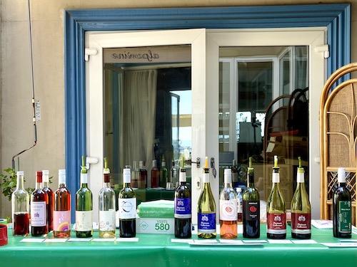 アルプスワインの試飲コーナー