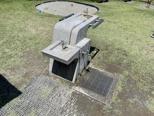 富士川クラフトパーク・砦遊具広場内の水場