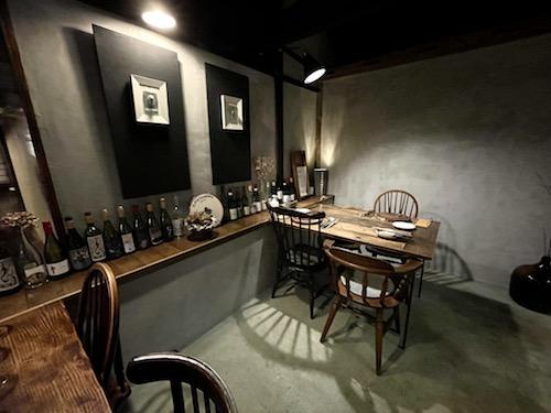 nodo二川伊料理店のテーブル席