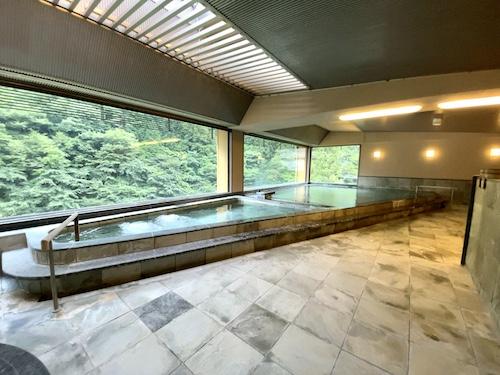 西山温泉・慶雲館 展望大浴場 石風の湯