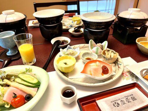 山梨・西山温泉「慶雲館」の朝食